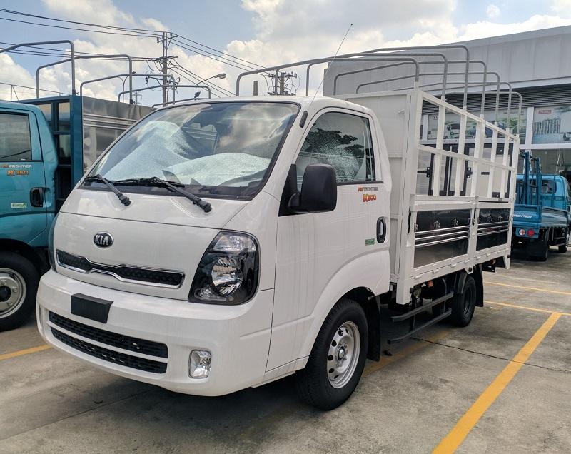 Xe tải KIA K200 Thùng mui bạt mở 5 bửng Trắng