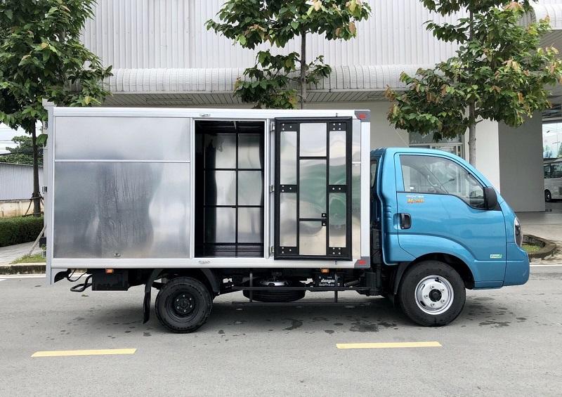 Xe tải KIA K250 Thùng kín mới 2