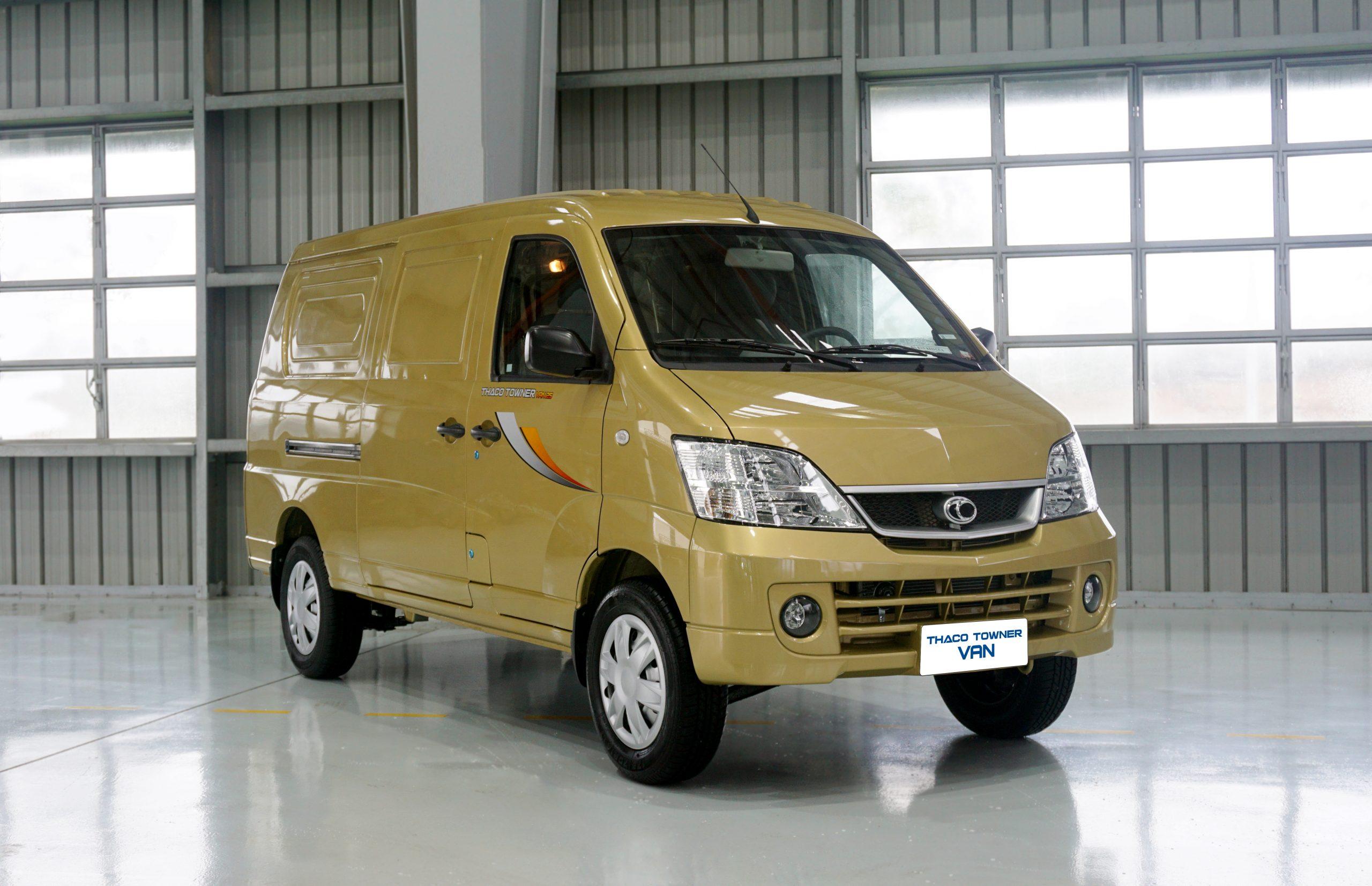 van màu vàng